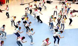 Проведении Флэшмоба,посвященного 100-летию системы дополнительного образования детей